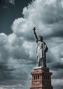Freiheitsstatue Wolken