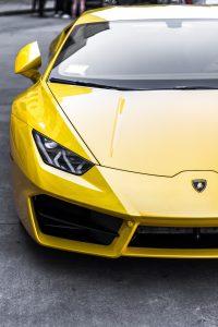 Lamborghini gelb