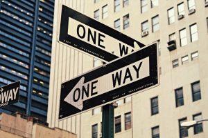 Zwei Richtungen