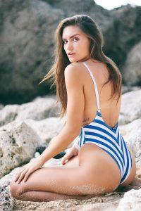 Frau Badeanzug blau