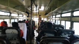 Bus Menschen Indien