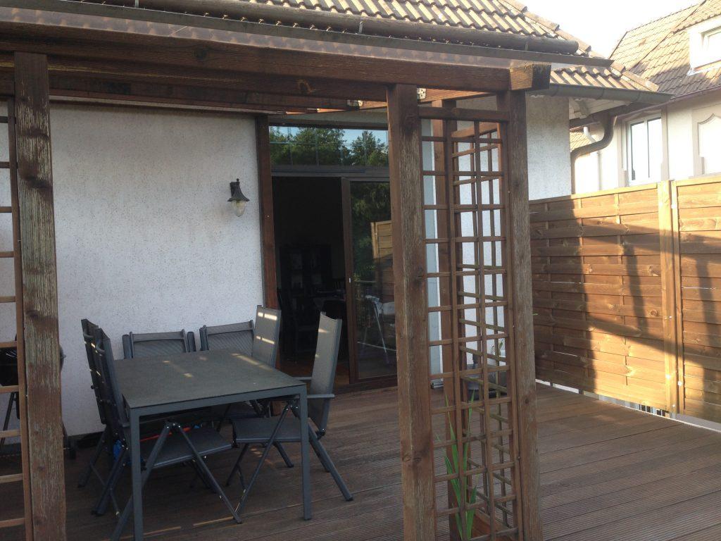 Eigentumswohnung Balkon mit Blick auf die Balkontür
