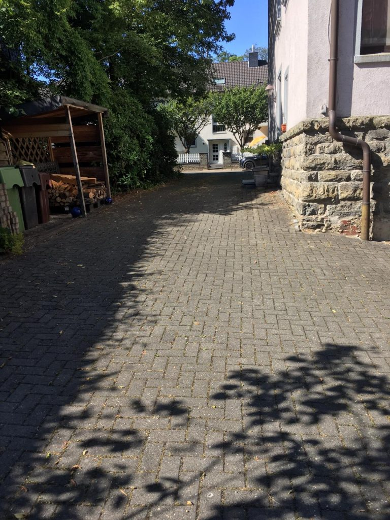 Eigentumswohnung Einfahrt