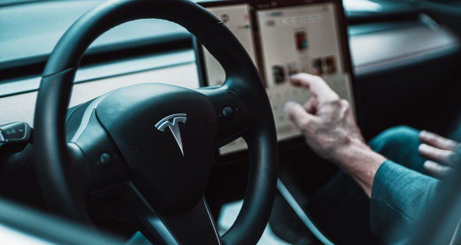 Tesla Lenkrad